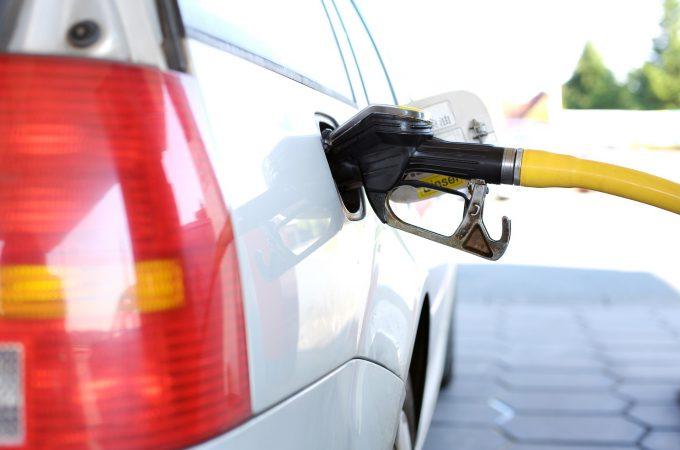 給油口 ガソリン